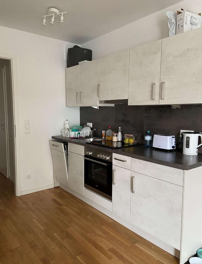 Schöne 1-Zimmer-Neubauwohnung in Lohbrügge zu mieten - Einbauküchenzeile