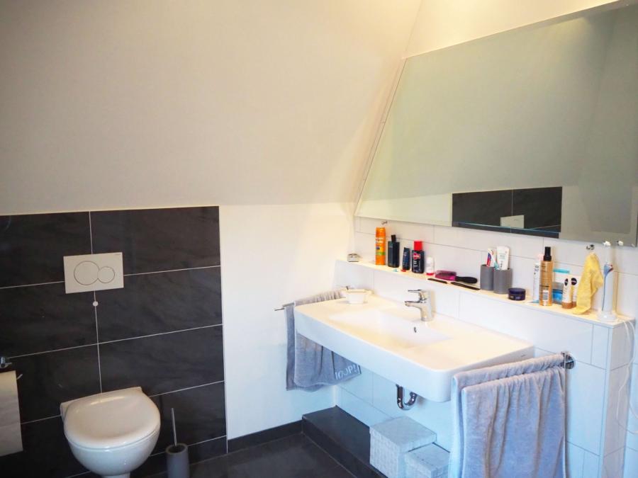 Sehr gepflegtes Einfamilienhaus in Poppenbüttel zum Kauf - Bad