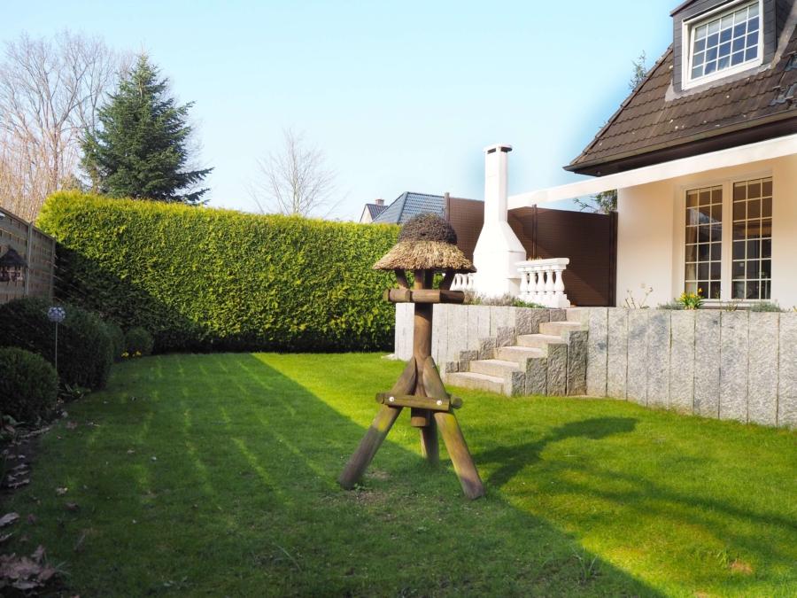 Sehr gepflegtes Einfamilienhaus in Poppenbüttel zum Kauf - Garten seitlich