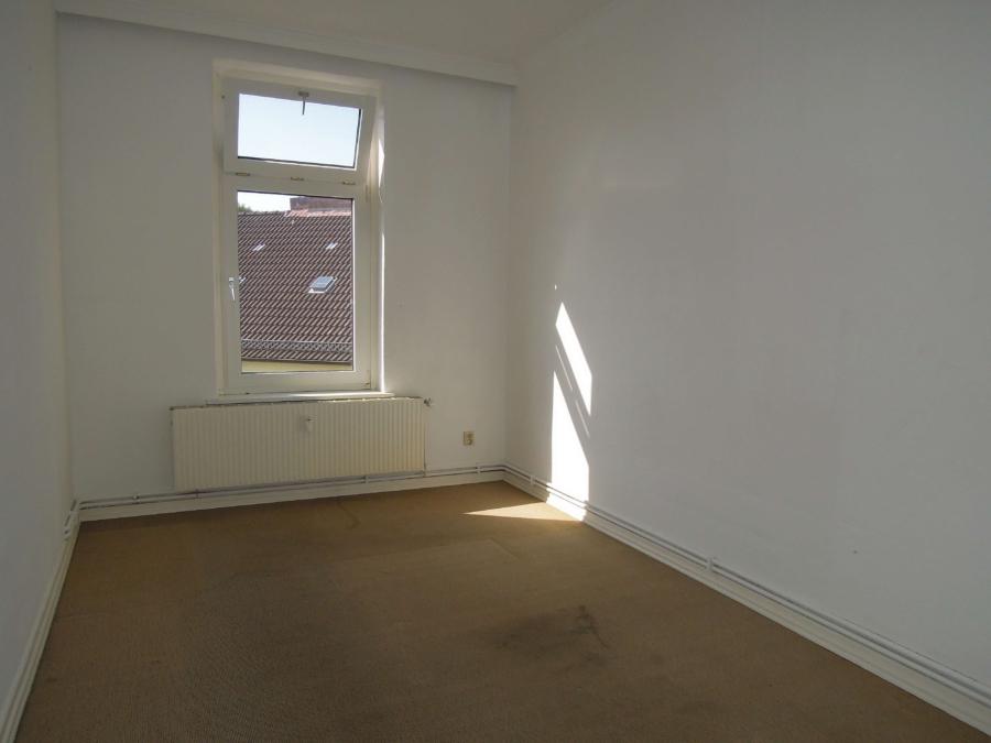 Kapitalanlage in Form eines Mehrfamilienhause, zentral in Harburg gelegen - 2.OG - Zimmer 4