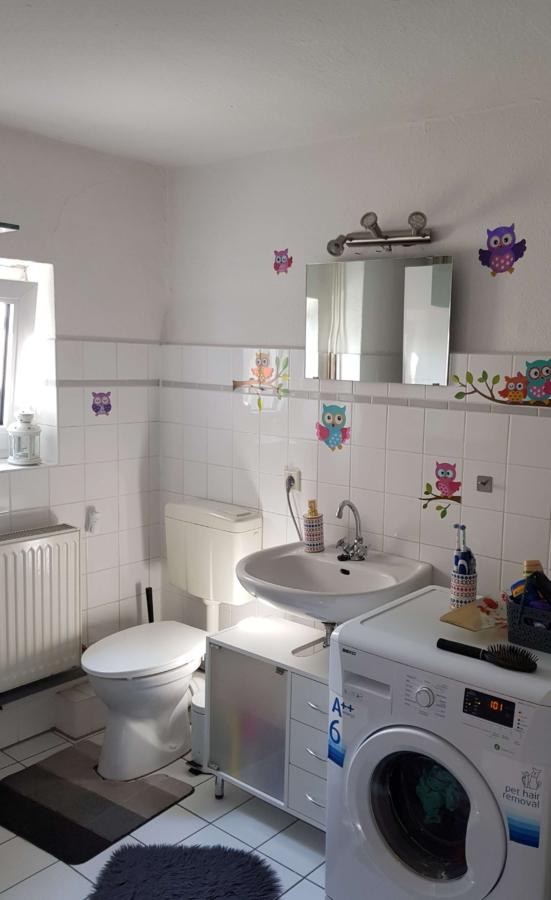 Kapitalanlage in Form eines Mehrfamilienhause, zentral in Harburg gelegen - DG - Bad