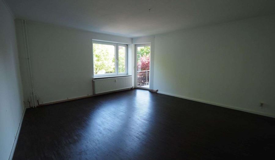 Freie 2 1/2-Zimmer-Wohnung am Eppendorfer Weg beim Generalsviertel - Wohnzimmer 2