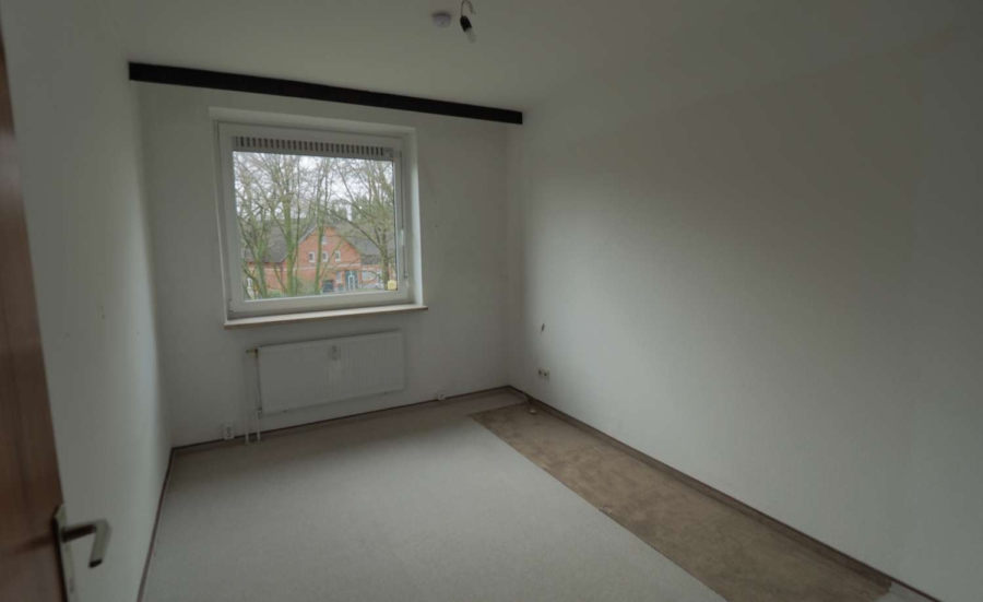 Ruhig, zentral gelegene 2 1/2-Zimmer-ETW inkl. Tiefgaragenstellplatz in Hummelsbüttel - Kinderzimmer